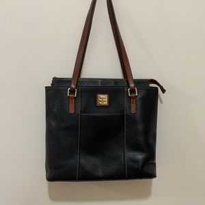 Dooney & Burke Classic Black Pebbled Leather Bag